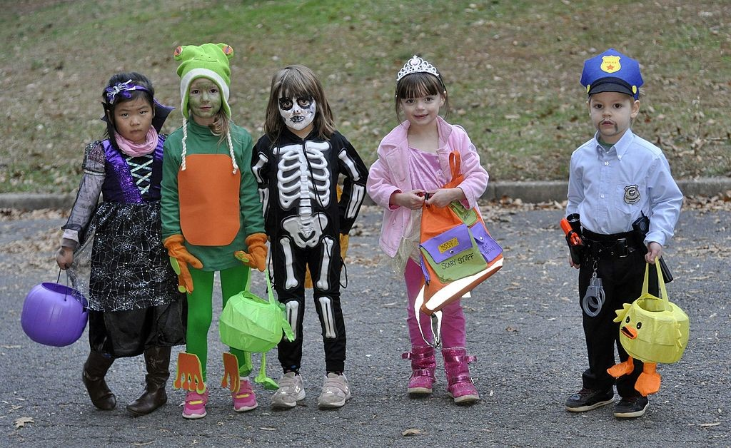 Trick or treat like a pro with the Elite Nanny Company tips